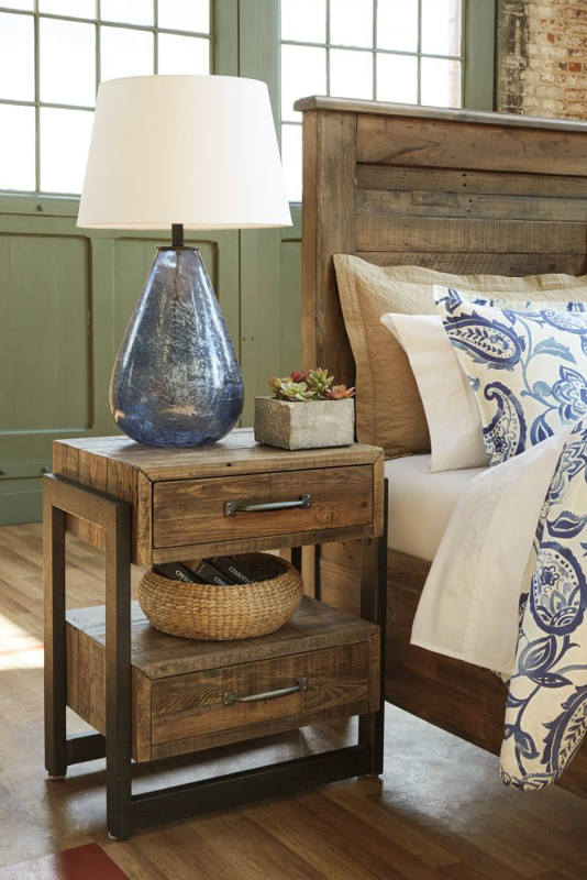 Sommerford Nightstand