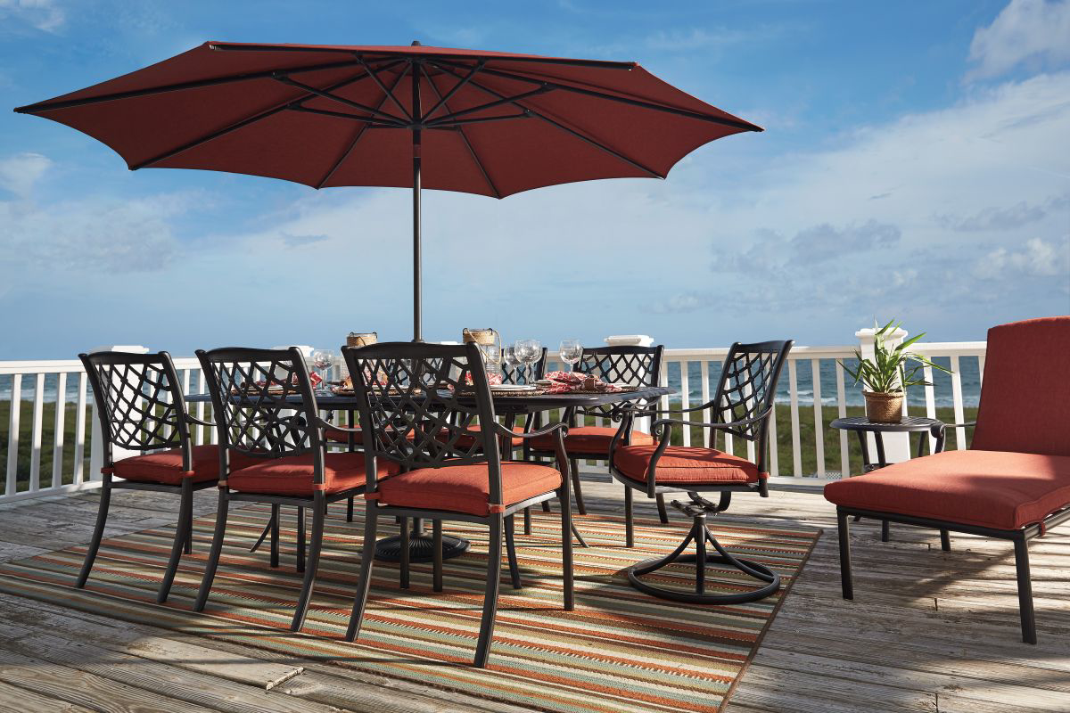 Picture of Tanglevale Patio Dining Table