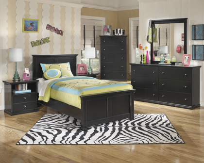 Picture of Maribel Chest of Drawers