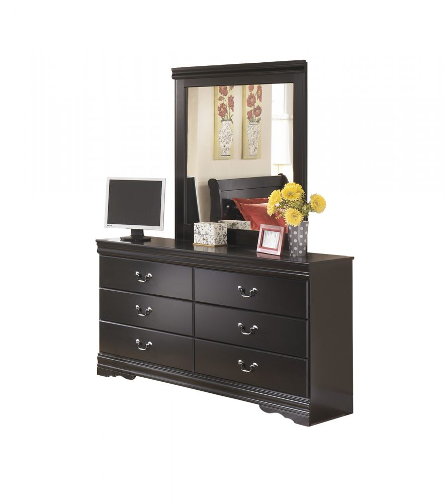 Picture of Huey Vineyard Dresser & Mirror