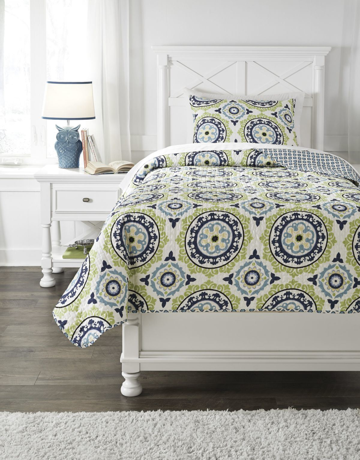 Picture of Danesha Coverlet Set