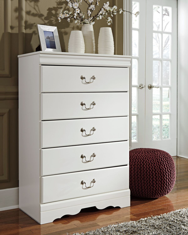 Anarasia Chest of Drawers