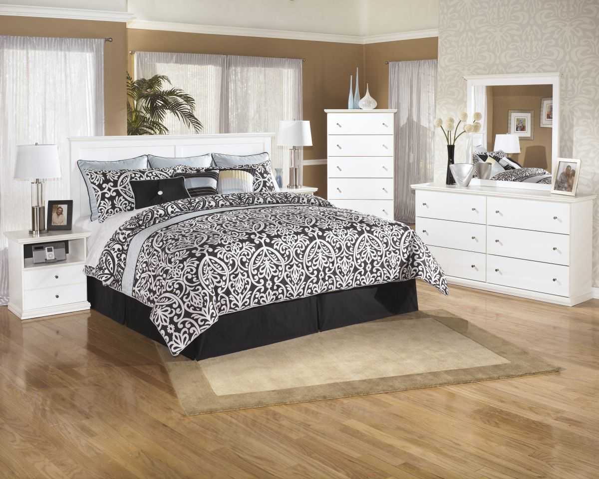 Picture of Bostwick Shoals King/Cal-King Size Headboard