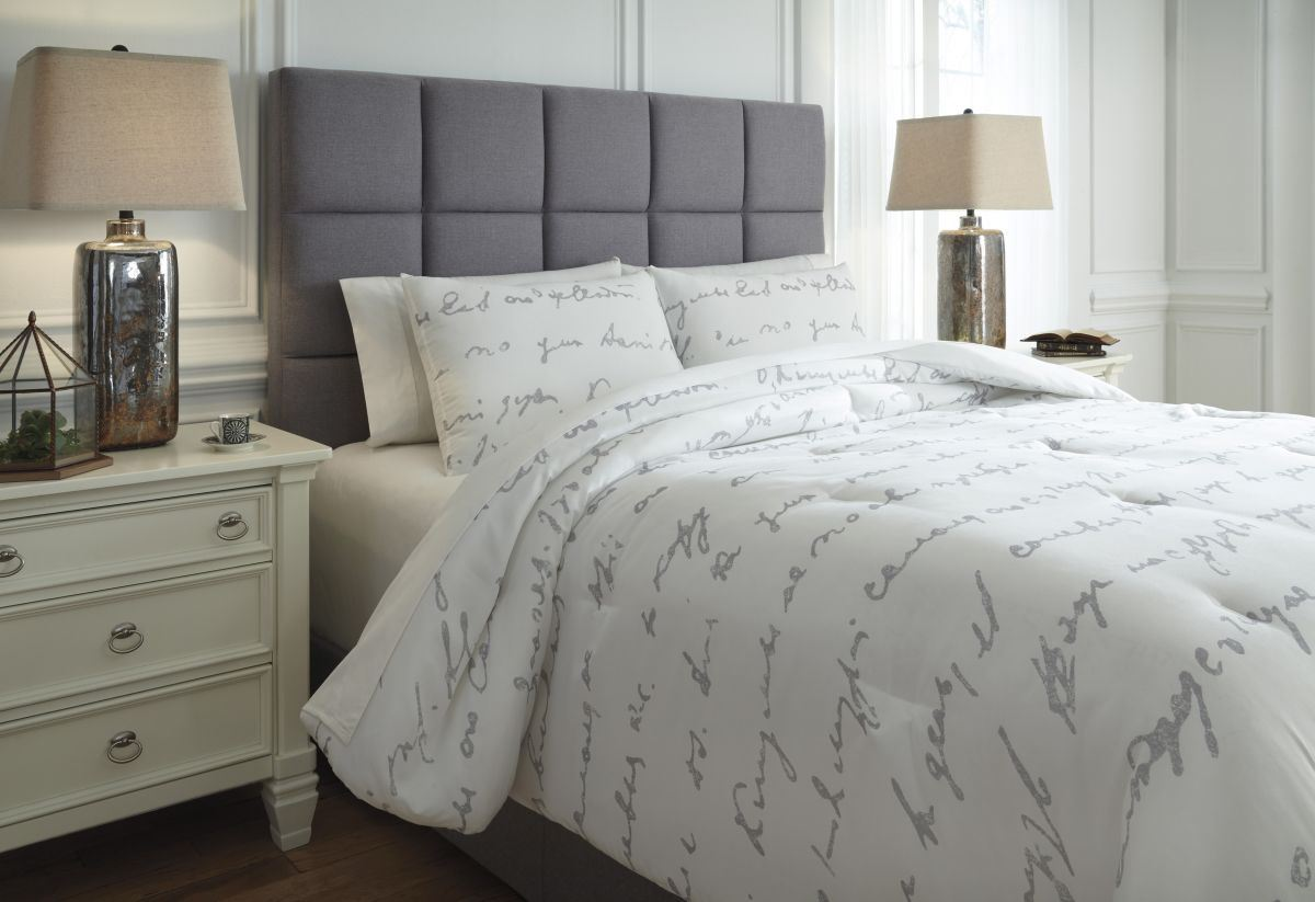 Picture of Adrianna King Comforter Set