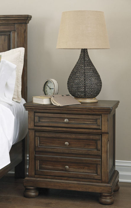 Picture of Flynnter Nightstand