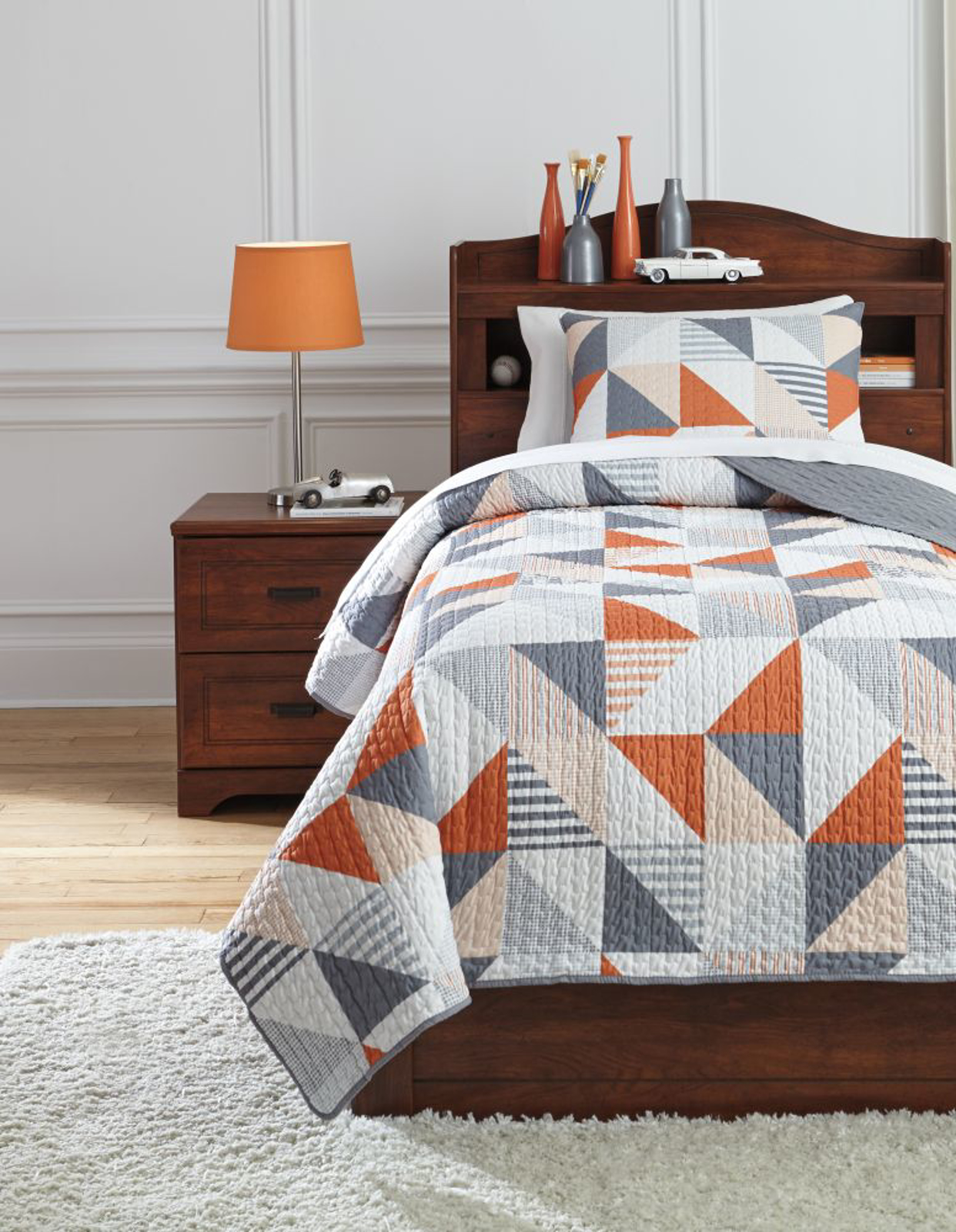 Picture of Layne Twin Coverlet Set