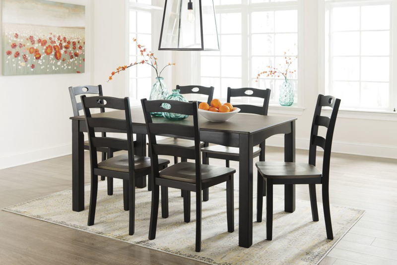 Froshburg Table & 6 Chairs