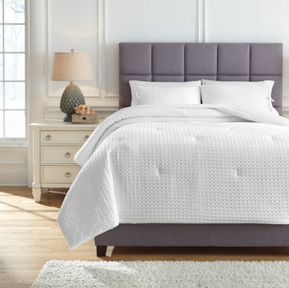 Picture of Maurilio Queen Comforter Set