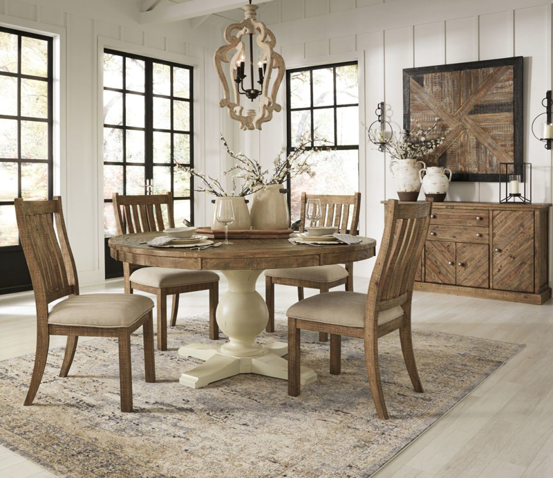 Grindleburg Table & 4 Chairs