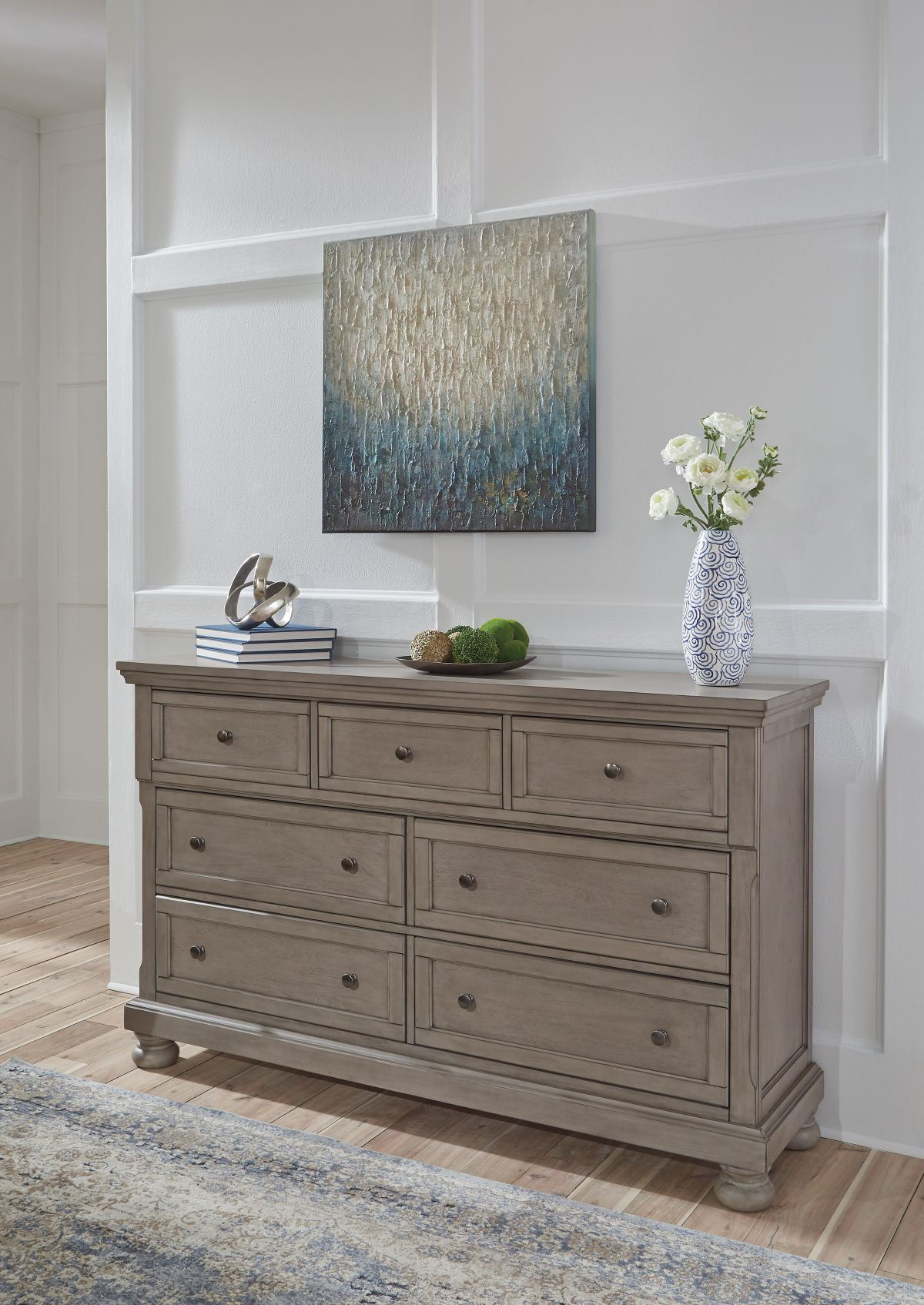 Picture of Lettner Dresser