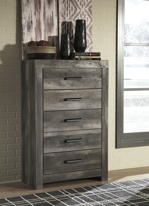 Picture of Wynnlow Chest of Drawers