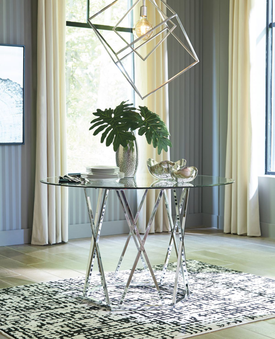 Picture of Madanere Dining Table