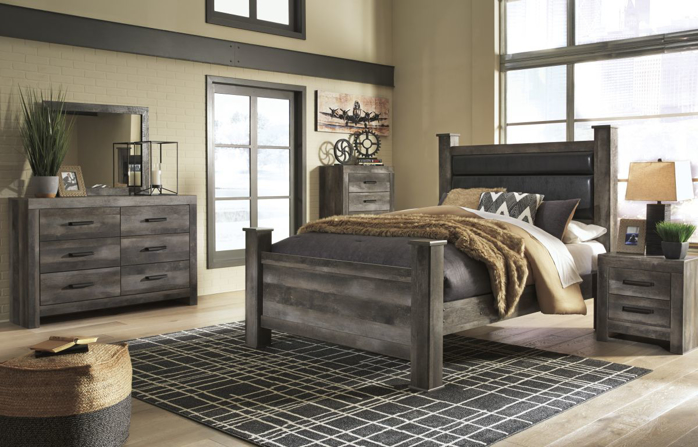 Picture of Wynnlow 5 Piece Queen Bedroom Group
