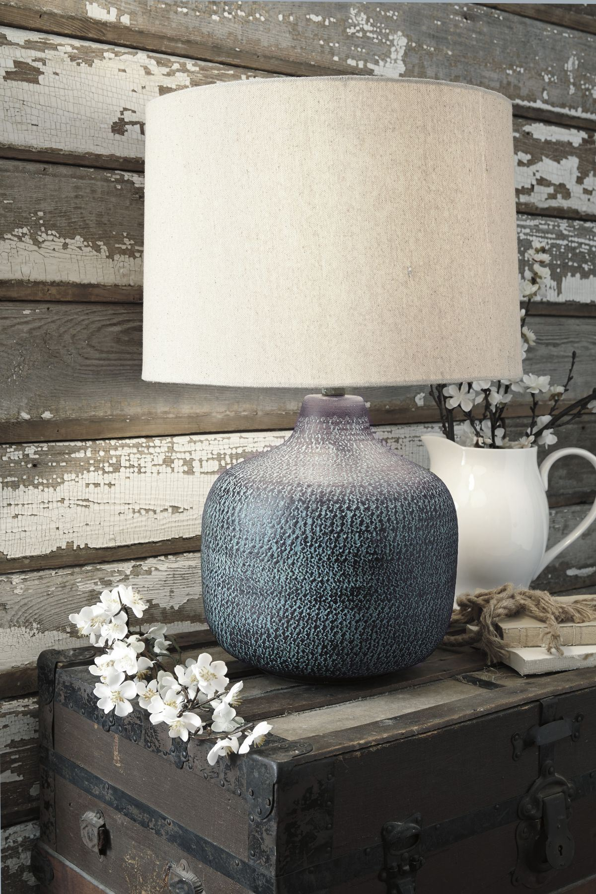 Picture of Malthace Table Lamp