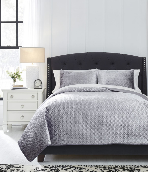 Picture of Maryam King Coverlet Set
