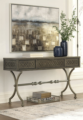Picture of Quinnland Console Sofa Table