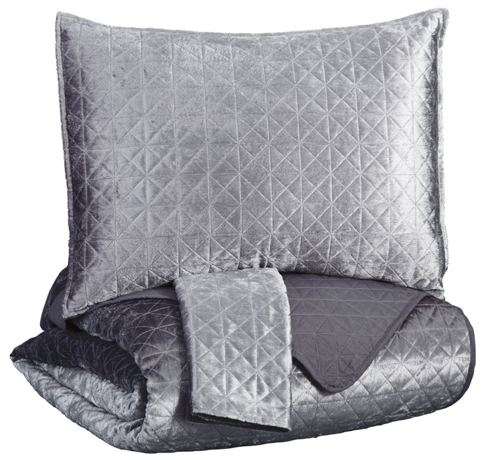 Picture of Maryam Coverlet Set