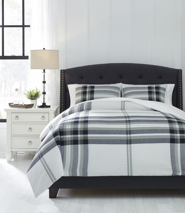 Picture of Stayner Comforter Set