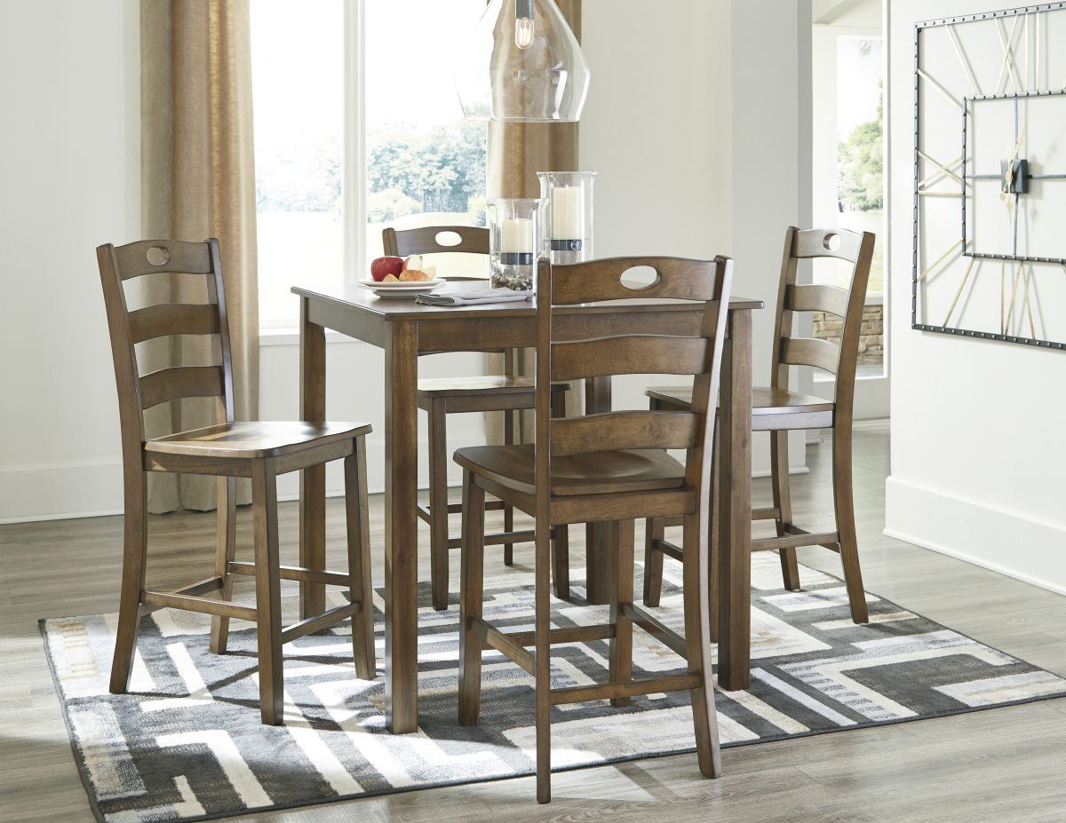Picture of Hazelteen Pub Table & 4 Stools