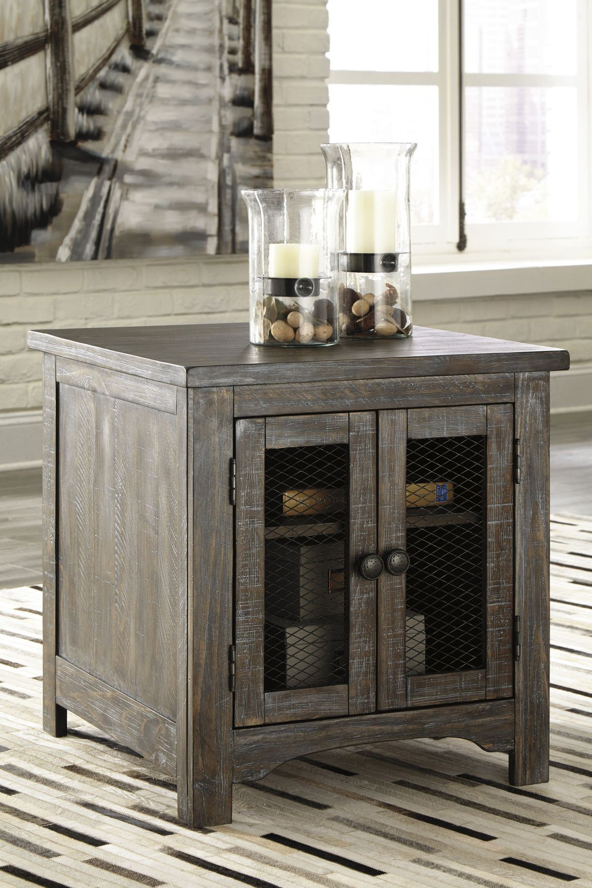 Picture of Danell Ridge End Table