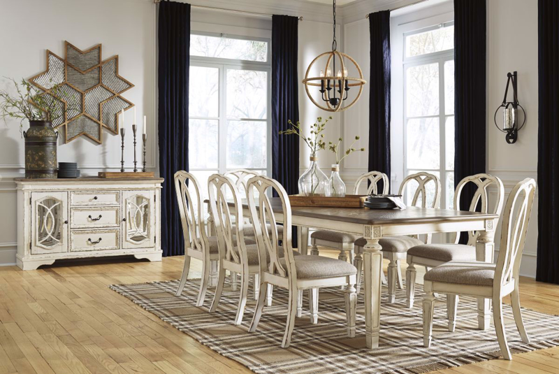Realyn Table & 6 Chairs