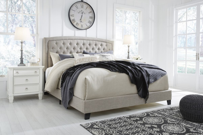 Jerary Queen Size Bed