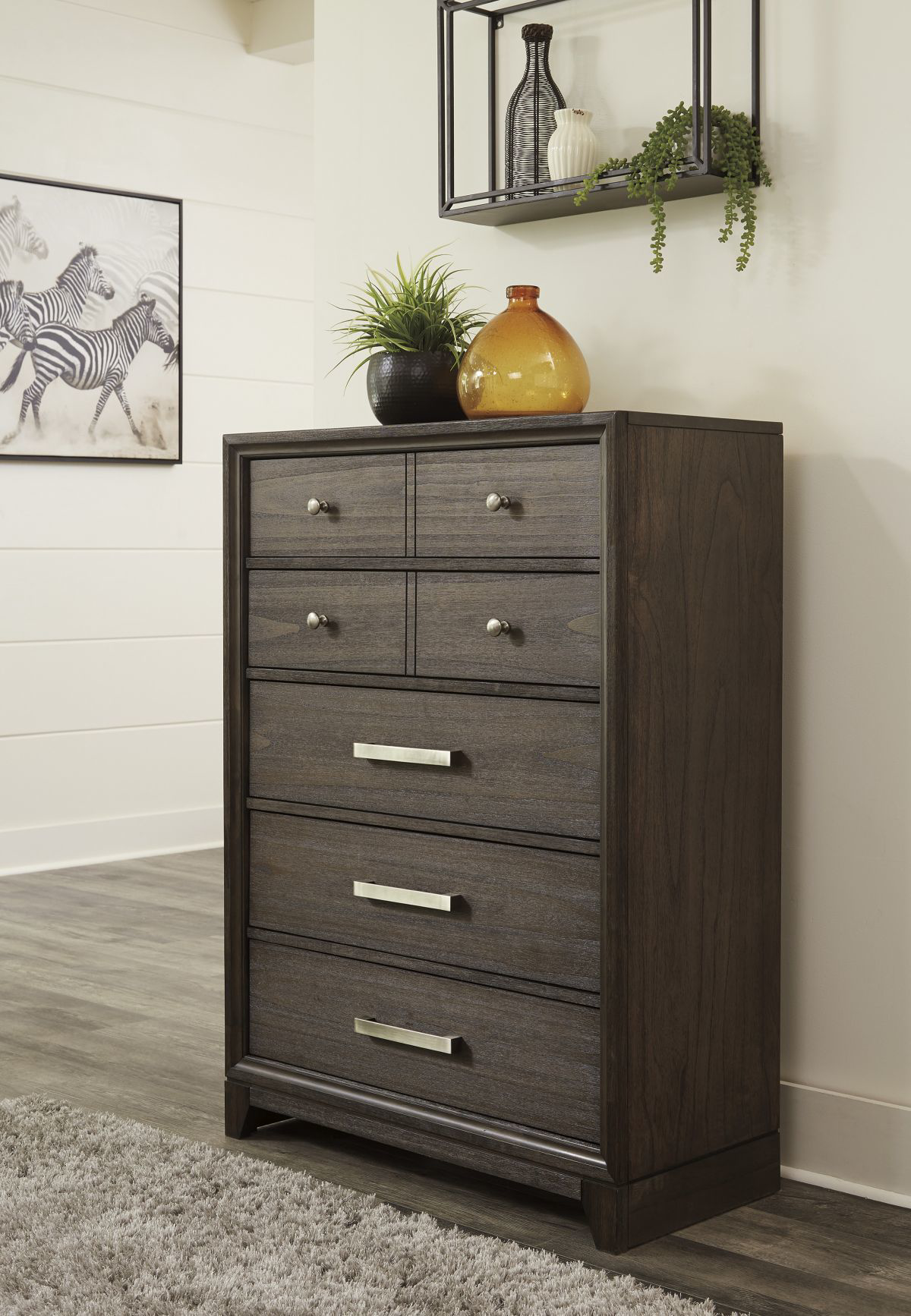 Picture of Brueban Chest of Drawers