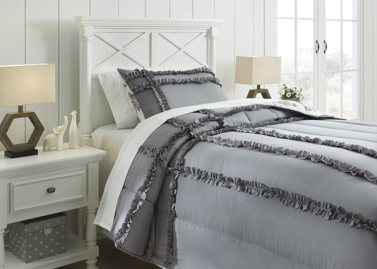 Picture of Meghdad Comforter Set