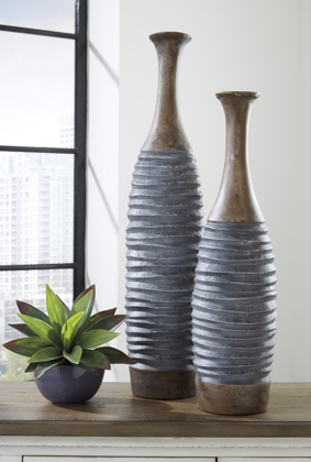 Picture of Blayze 2 Piece Vase Set