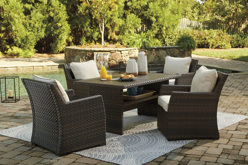 Easy Isle Patio Table