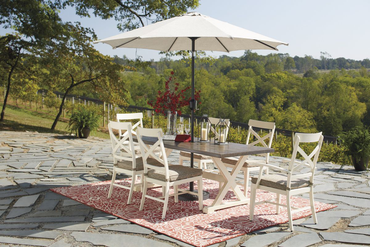Picture of Preston Bay Patio Dining Table