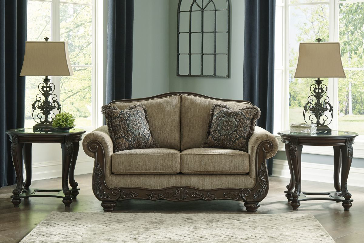 Picture of Briaroaks Loveseat