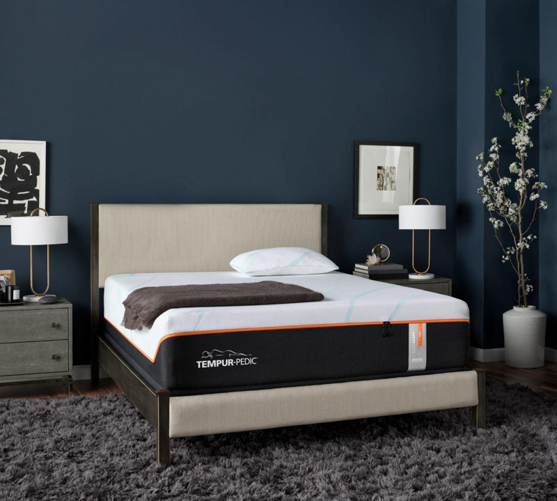 LuxeAdapt Firm King Mattress
