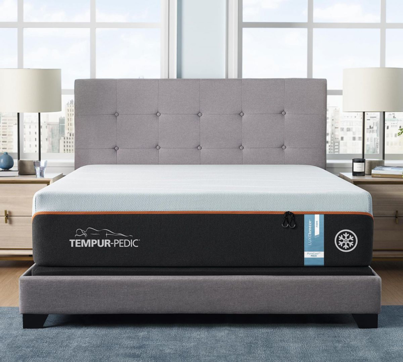 LuxeBreeze Firm King Mattress