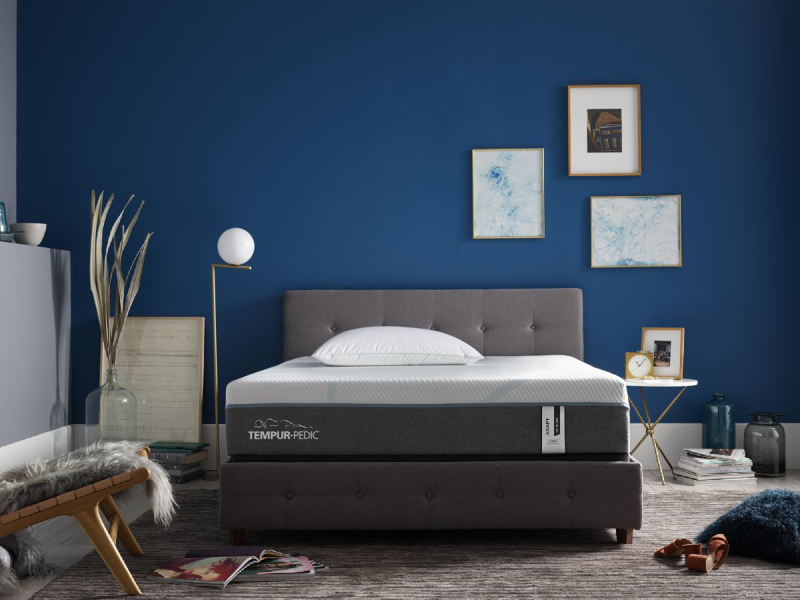 Adapt Medium Hybrid Queen Mattress