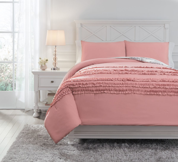 Picture of Avaleigh Full Comforter Set
