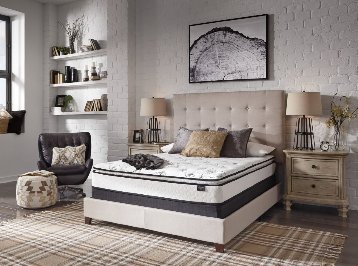 Picture of Chime 10in Pillowtop Mattress