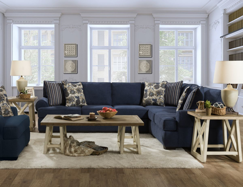 Laci Sectional
