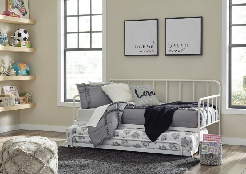 Trentlore Daybed