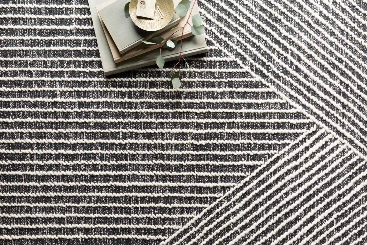Picture of Newton Charcoal/Ivory Large Rug