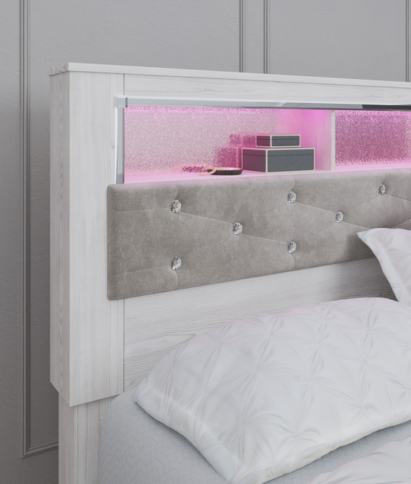 Picture of Altyra Queen Size Headboard