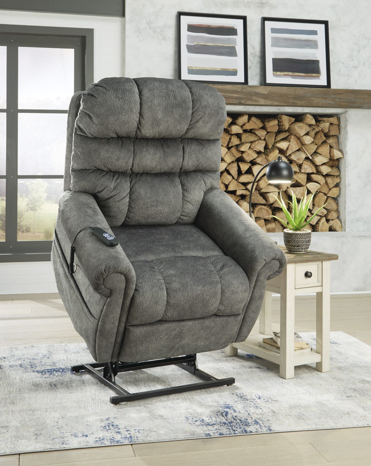 Picture of Mopton Recliner