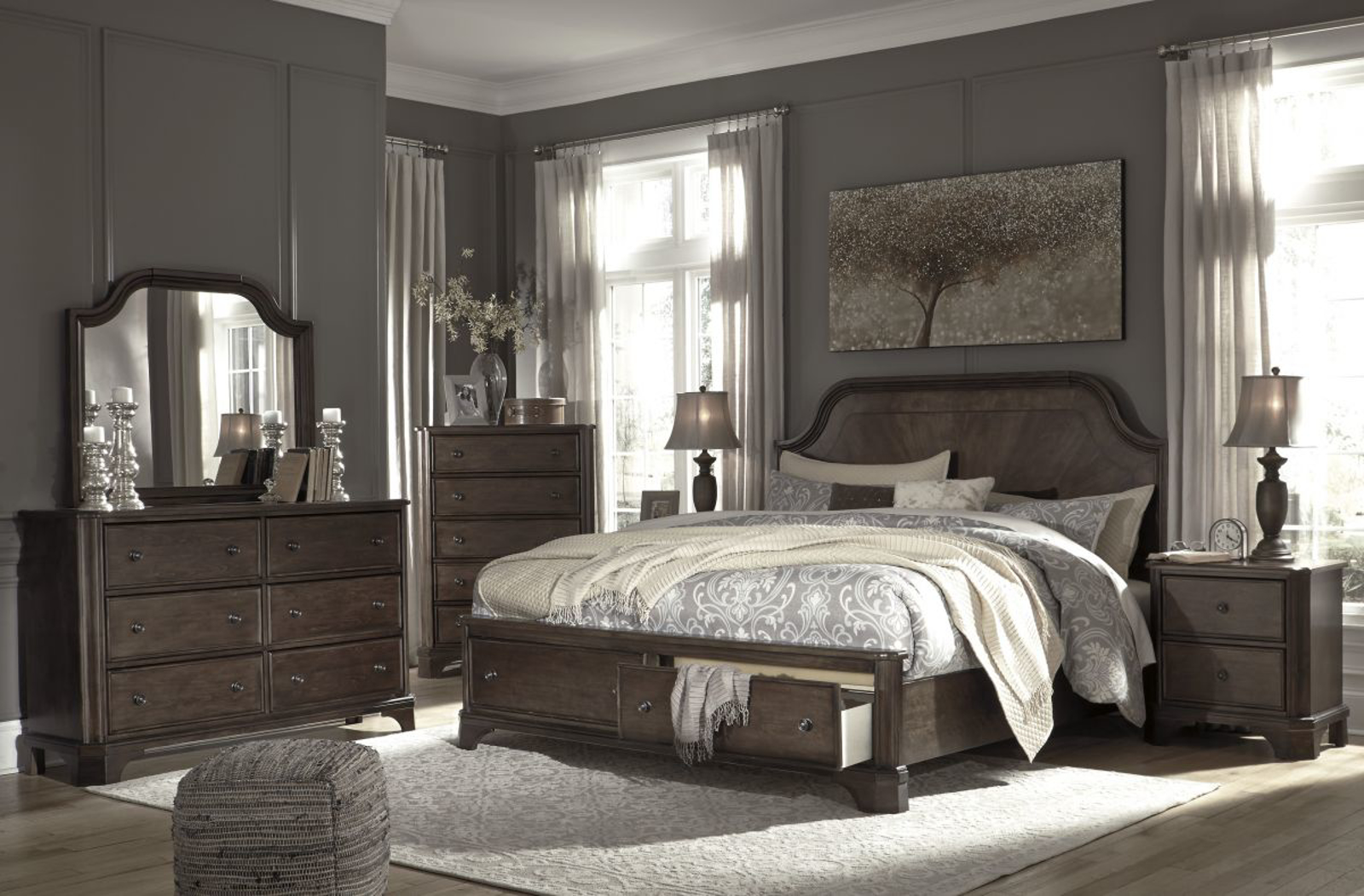 Picture of Adinton 5 Piece King Bedroom Group