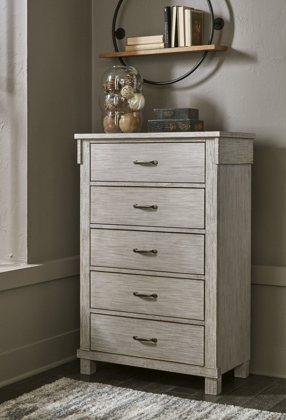 Picture of Hollentown Chest of Drawers