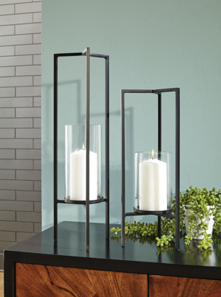 Picture of Ginette 2 Piece Candle Holder Set
