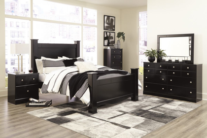 Picture of Mirlotown Queen Size Bed