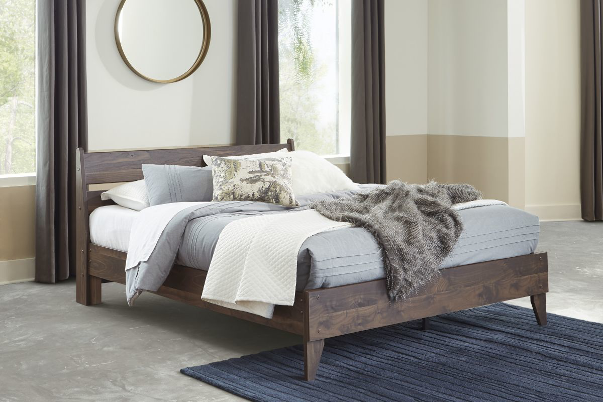 Picture of Calverson Full Size Bed